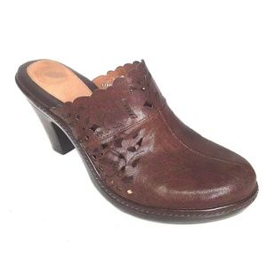 Nurture 8.5 Womens Mules Brown Leather Clogs